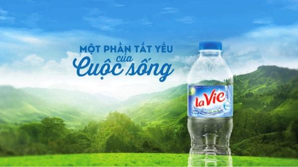 Nước Lavie cung cấp được lấy từ mạch nước ngầm thật chứa 6 khoáng chất